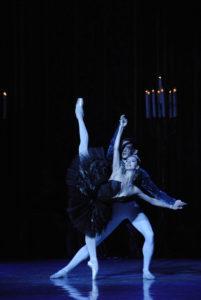 Choreog. Y.Grigorovich photo by L. Vachnadze 3